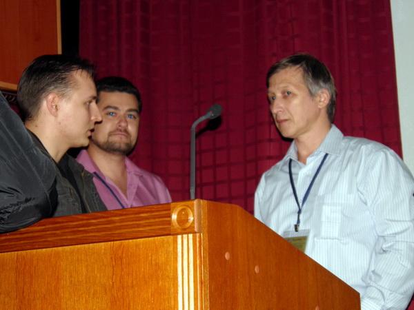 Олег Медокс отвечает на вопросы журналистов