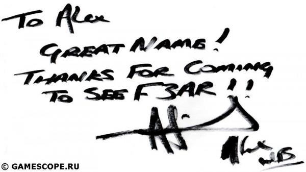 Автограф Алекса Френда (Warner Bros.)